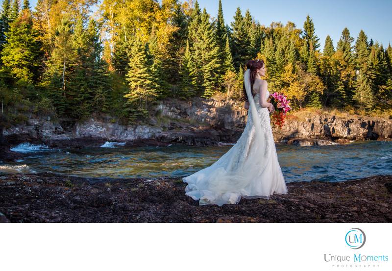 Lake Superior Bridal Portrait Blue Fin Resort Tofte MN