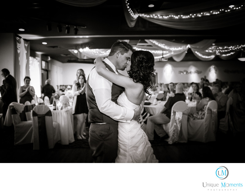 Tacoma Wedding Photographer Brides First Dance