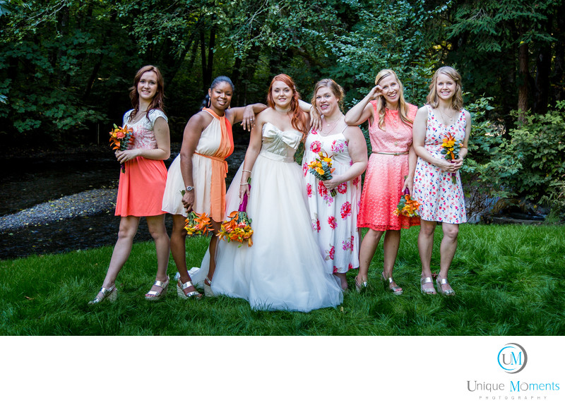 Tacoma Wedding Photographer Bridal Party Image.