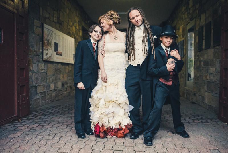 Wedding Family Photos in Philadelphia Mitchener Museum