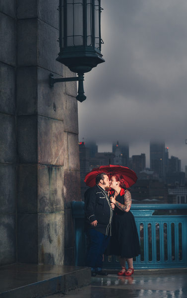 Philadelphia Engagement Photographer on Ben Franklin Bridge