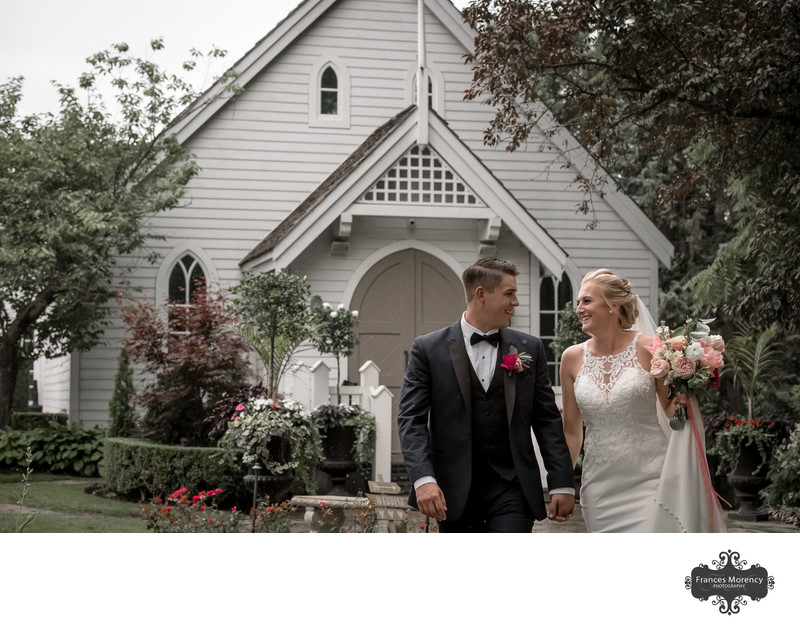 Doctor's House Chapel Wedding Ceremony in Kleinburg