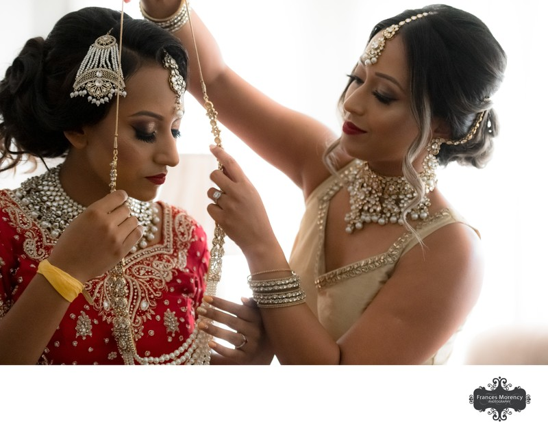 Mississauga Wedding Photography of Bridal Preparations