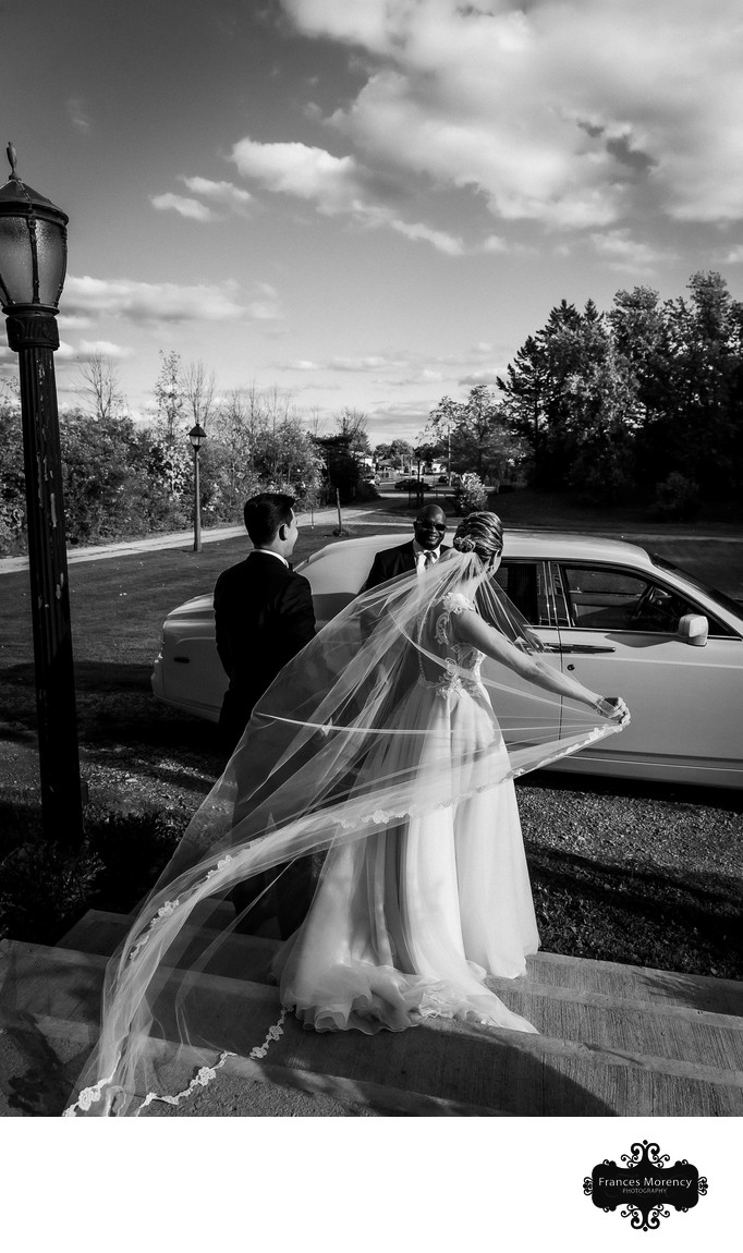 Springer Estate Wedding with Classic Car