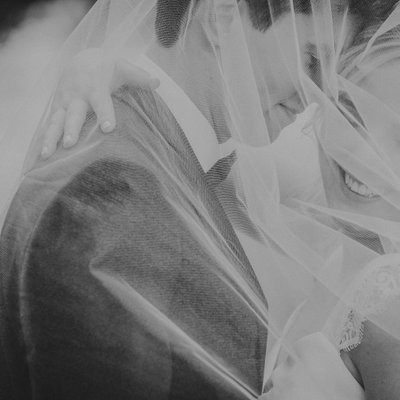 Art Gallery of Hamilton Creative Wedding Photos