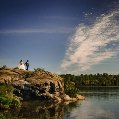 Idylwylde Golf & Country Club Wedding Portrait on Cliff