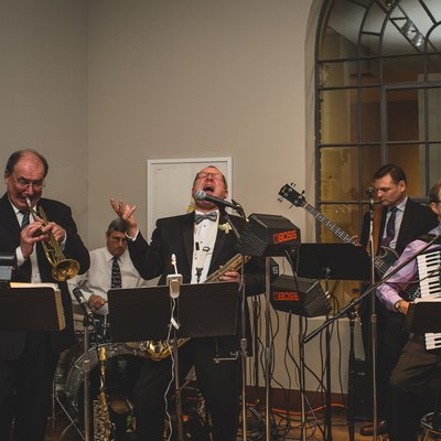 The Band at The MacLaren Art Centre Wedding