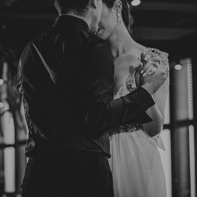 Creative First Dance Photo:  Canoe Restaurant Wedding Photographer