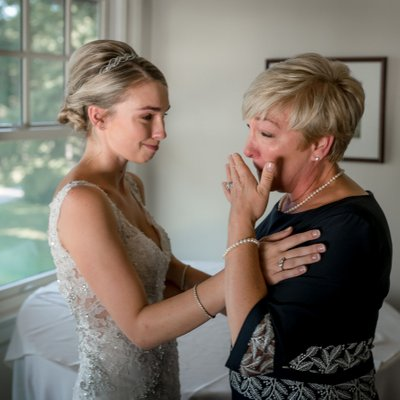 Mother Daughter Moments at Tamahaac Club Wedding