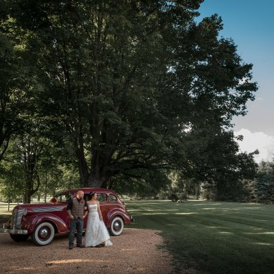 Belcroft Estate Wedding Photographer