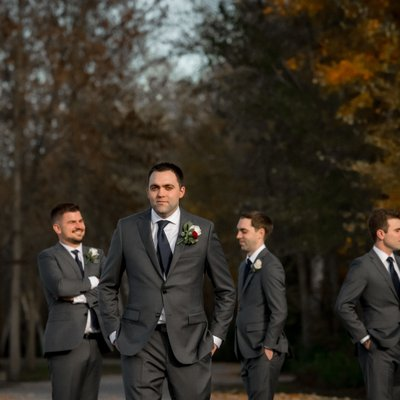 Groomsmen Photo:  Silver Lakes Golf Wedding Picture