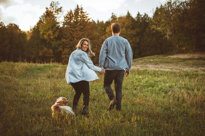 Blue Mountain Engagement Photography with Puppy