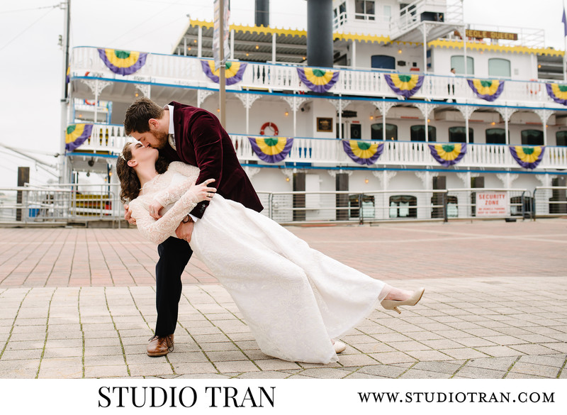 Creole Queen Paddlewheeler Wedding Photographer