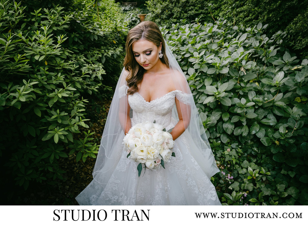 Longue Vue House and Gardens Bridal Portrait Photographer