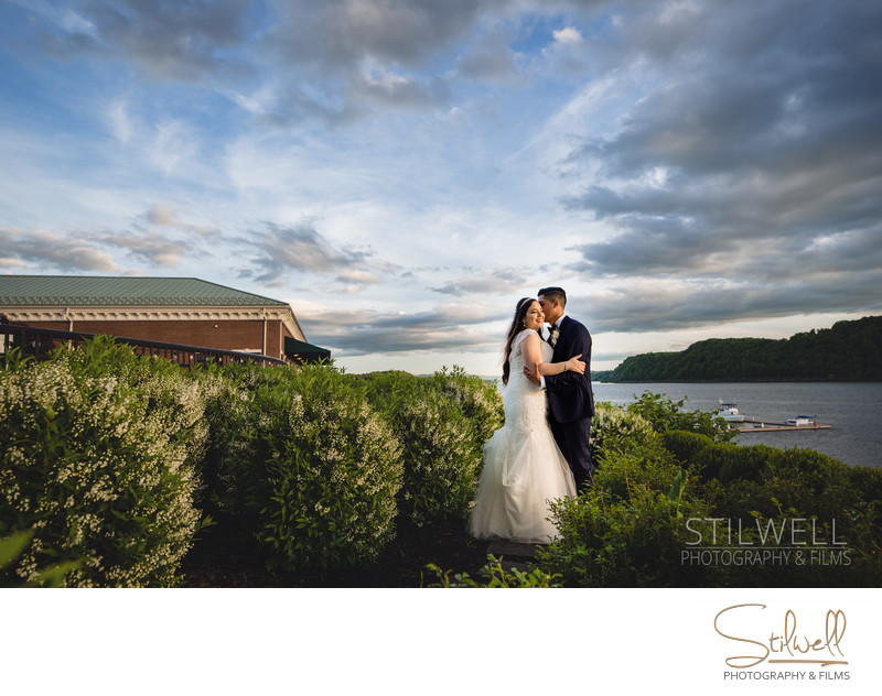 Poughkeepsie Grandview Wedding Photographer