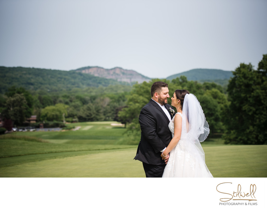 Bride and Groom Wedding Paramount Country Club