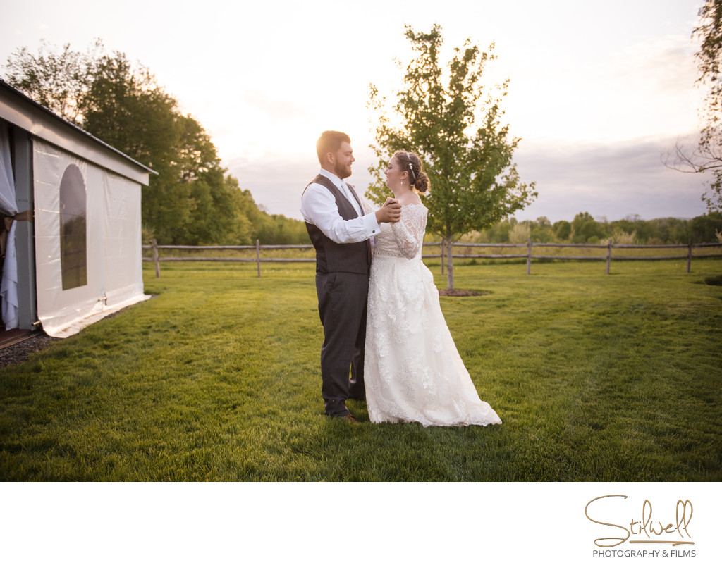 Lippincott Manor Bride and Groom Stilwell Photography
