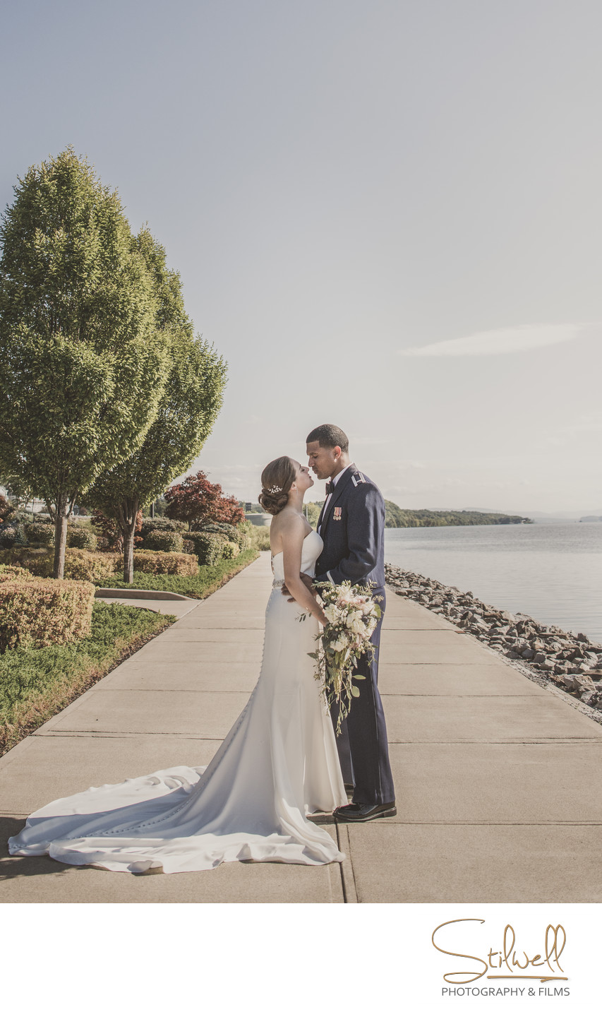 Bride and Groom Photographer Hudson River Wedding