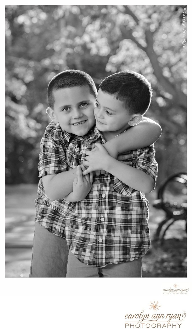 Adorable Hugs in Portrait Photography