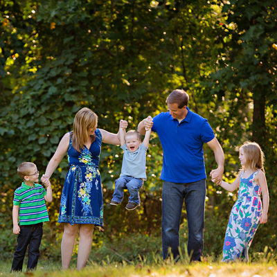 Skillful Charlotte Family Photographer Summer Portraits
