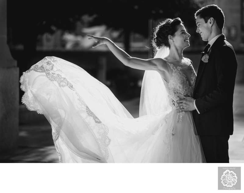 Best Ronald Reagan Building Wedding Portraits