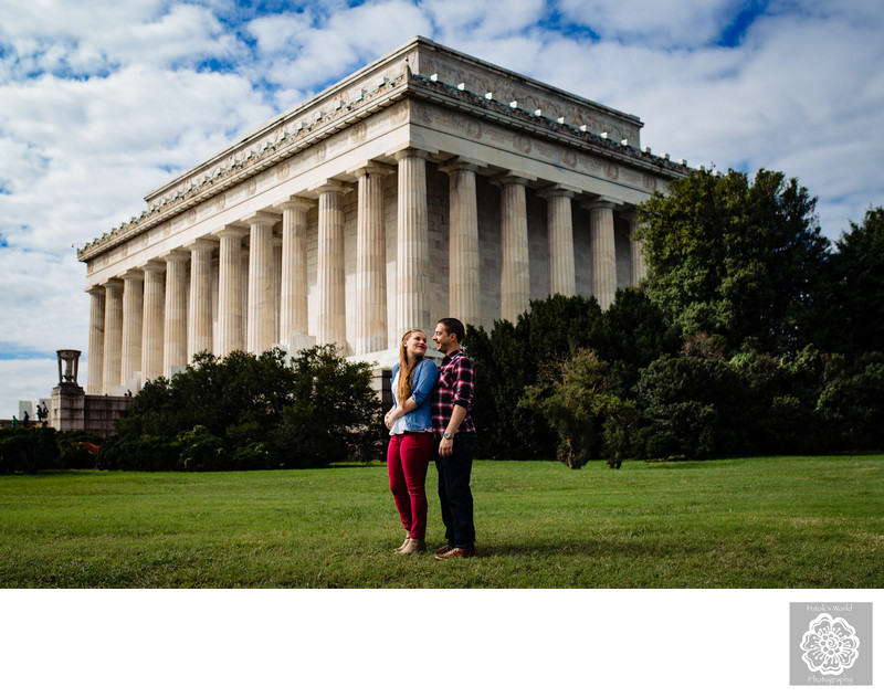 Washington DC Engagement Photographers Lincoln Memorial