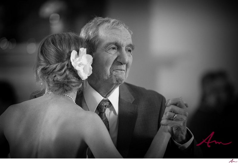 Oceanstone wedding dad and daughter first dance.