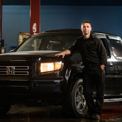 Bedford Automotive Technician Rob Newell