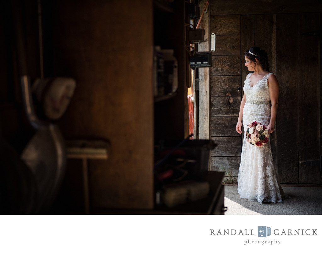 rustic wedding venue bridal photos