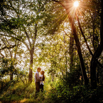 outdoorsy New England engagement pictures
