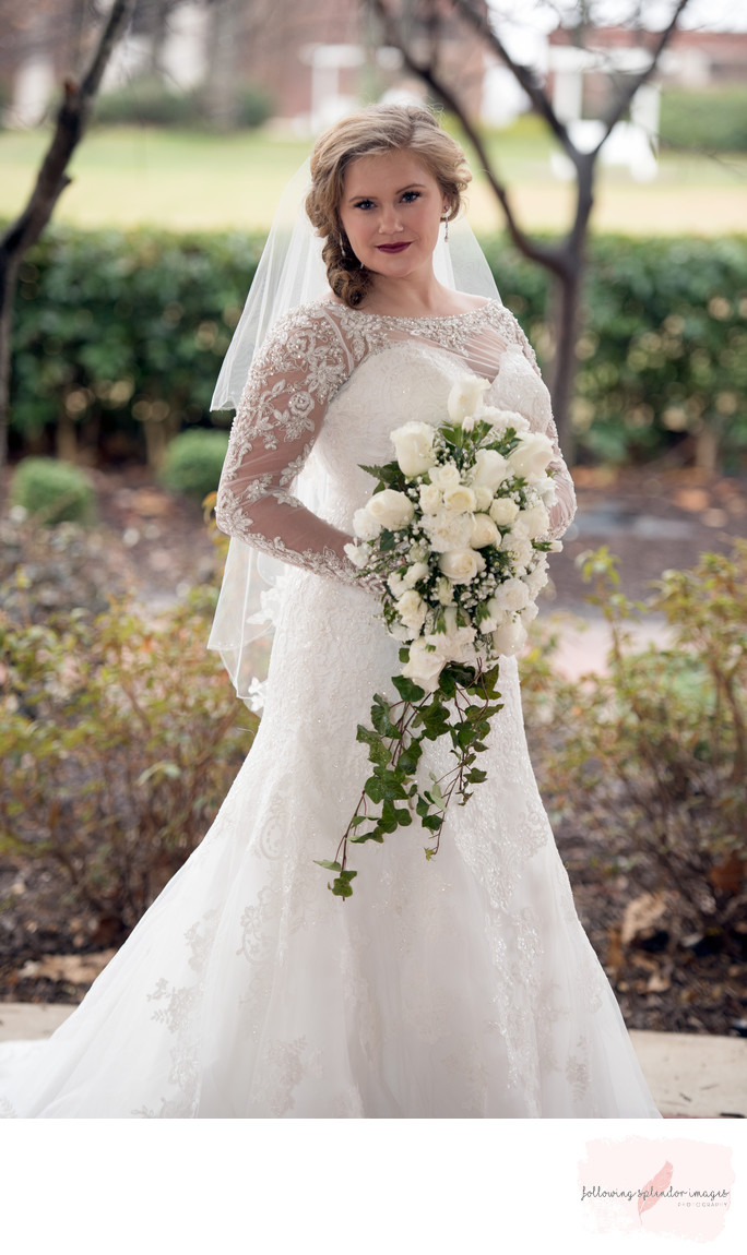 Harding University Bridal Portrait With White Florals