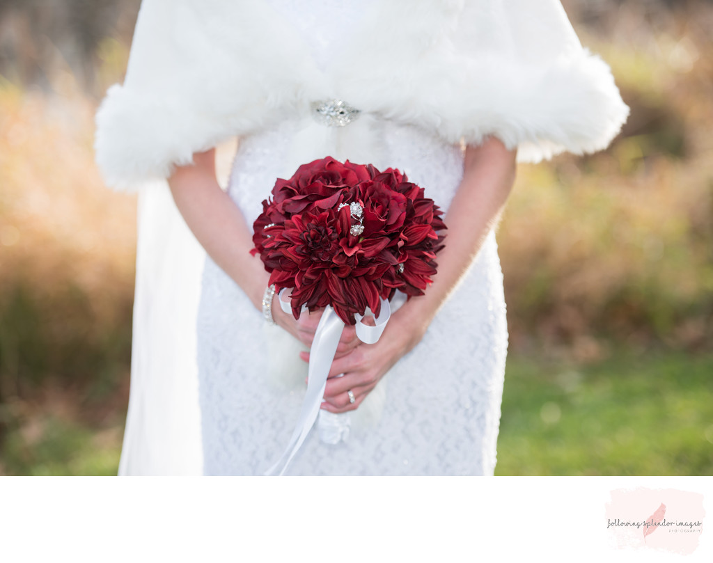 Fall Wedding with Fur Cape and Fall Boquet