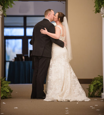 Valparaiso Wedding photographer captures kiss after ceremony