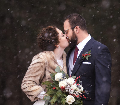 Valparaiso winter wedding photographer