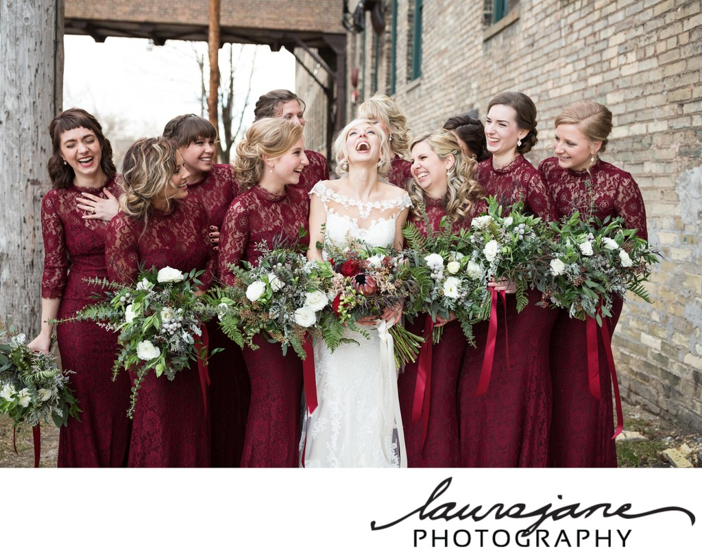 Best Candid Wisconsin Wedding Photographer