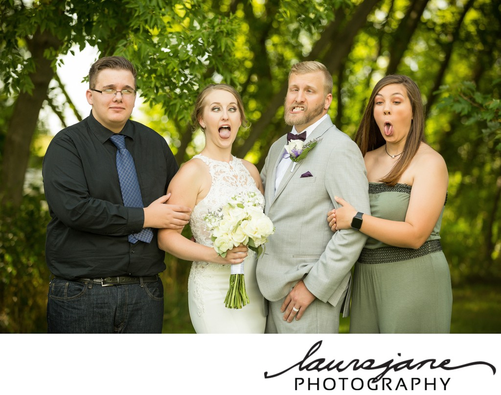 Fun Family Wedding Portraits Milwaukee