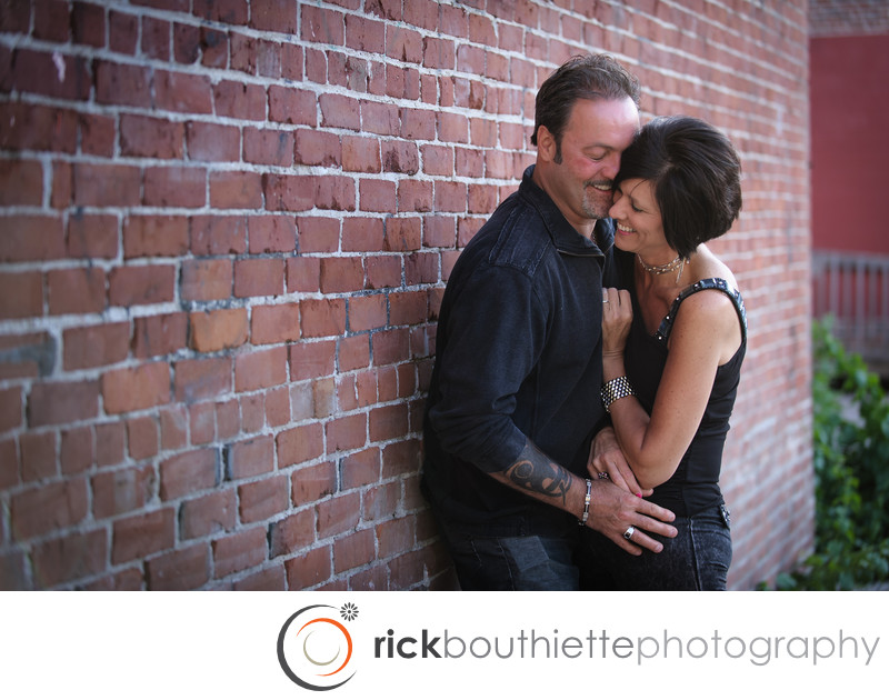 MANCHESTER NEW HAMPSHIRE ENGAGEMENT PHOTOGRAPHY