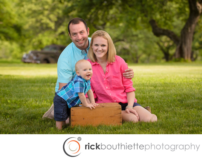 CLASSIC FAMILY PORTRAIT PHOTOGRAPHY
