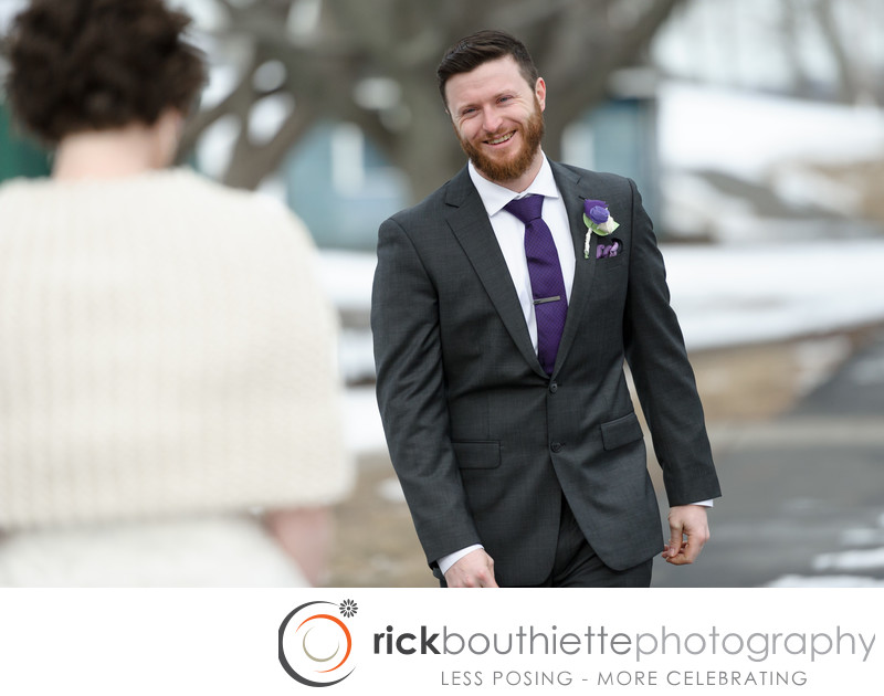 First Look - Salem Waterfront Hotel Wedding