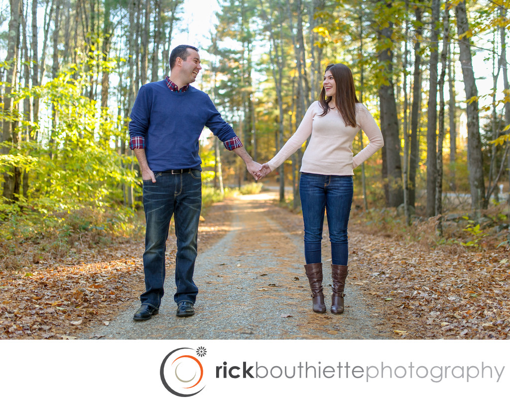 NEW HAMPSHIRE FALL ENGAGEMENT PHOTOGRAPHY