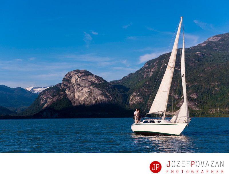 Top ten sailing locations for engagement pictures