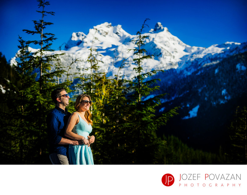 Sea To Sky Gondola Winter Engagement Scenic Portraits