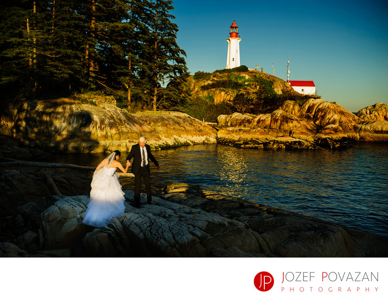 Lighthouse Park Scenic Wedding pictures West Vancouver