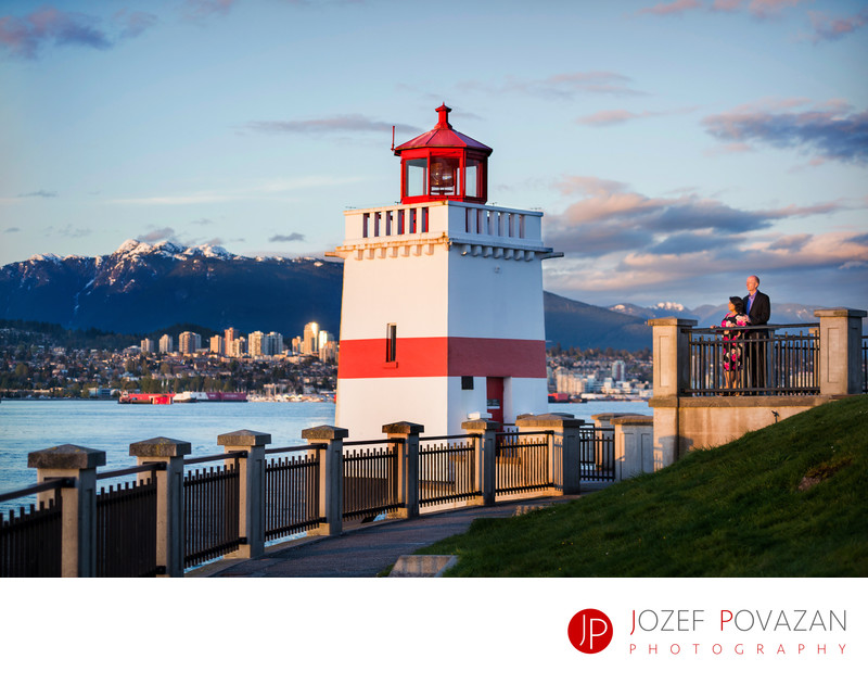 Stanley park lighthouse sunset engagement pictures