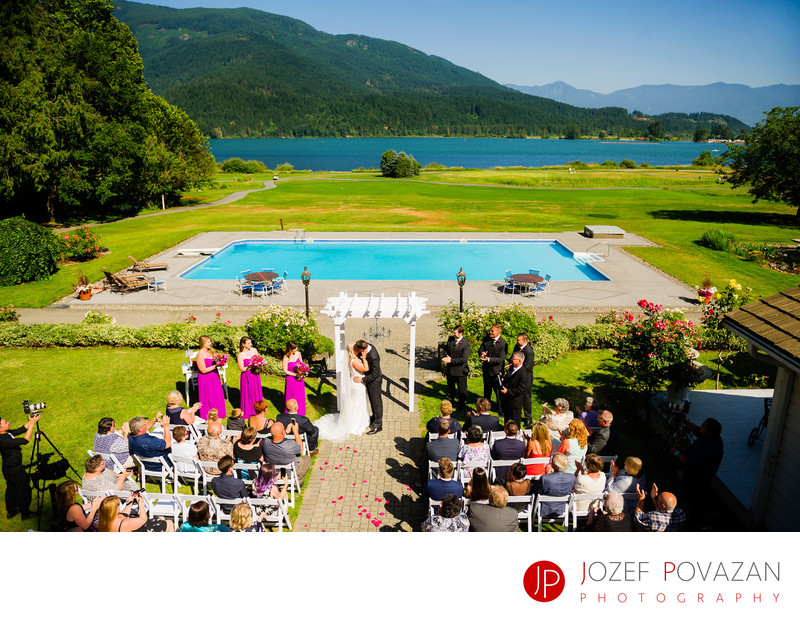 Rowena's Inn Sandpiper golf club Wedding Ceremony photo