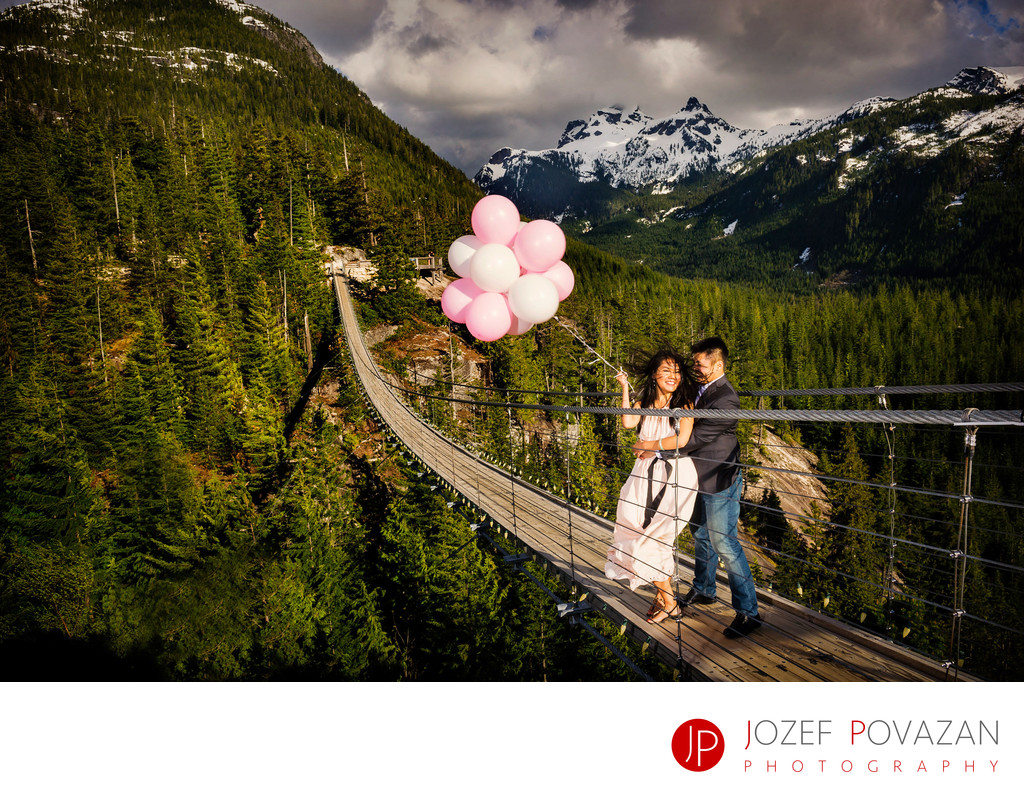 Sea To Sky Gondola Wedding photographer Jozef Povazan