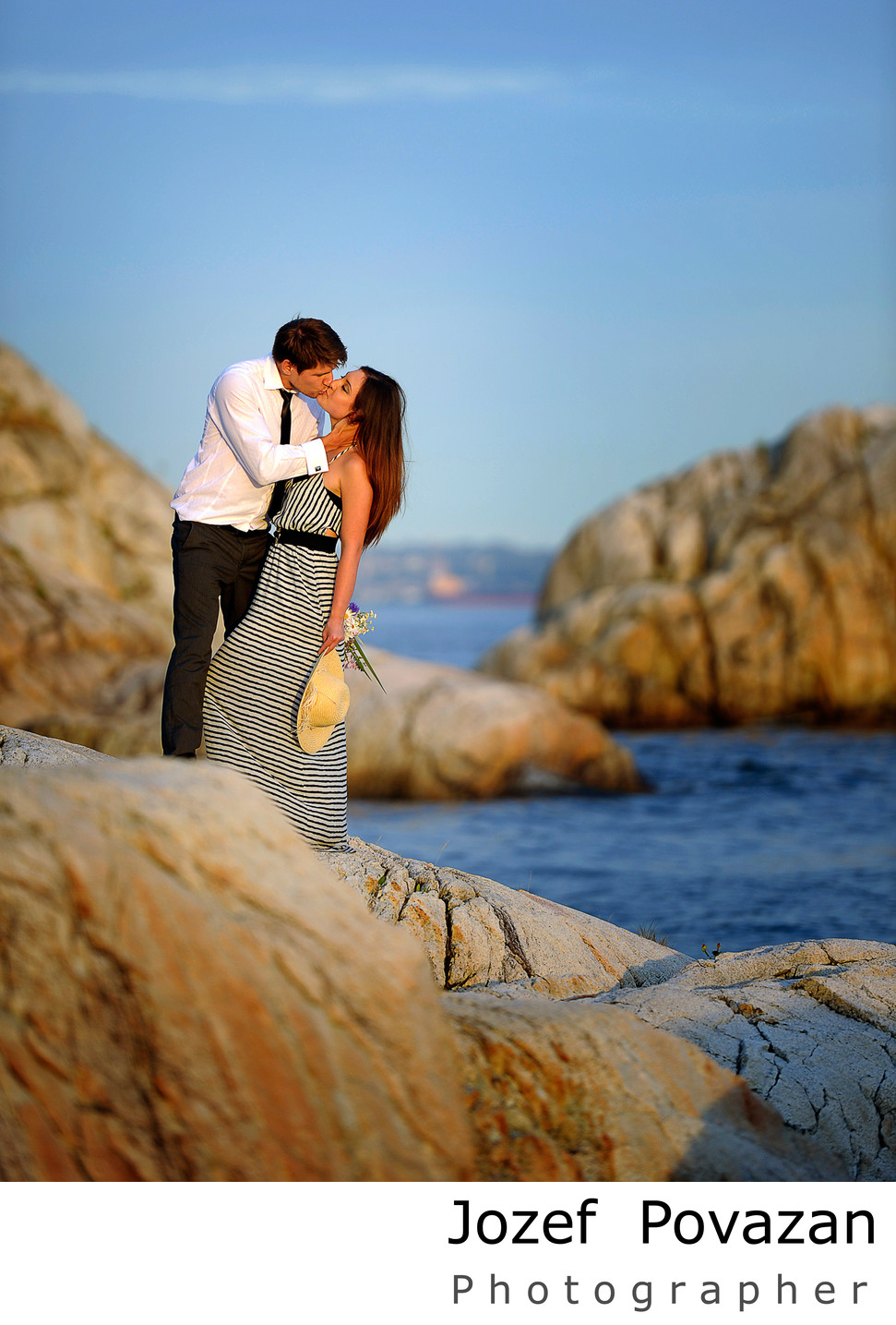 Lighthouse park engagement photography by Jozef Povazan