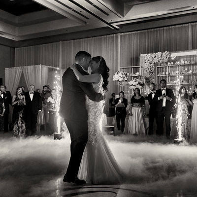 JW Marriott Parq Vancouver Wedding photographers dance