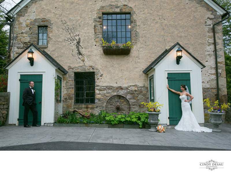 Green Barn Doors at Holly Hedge Estate Photographer