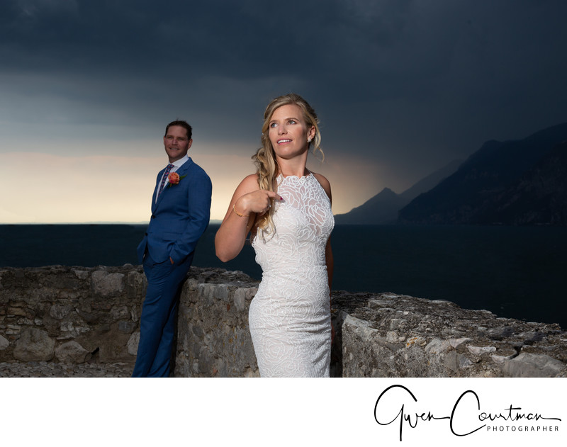 Dramatic scenery wedding photography, Italy.